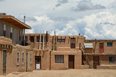 The Acoma Pueblo had been on Lale's bucket list for awhile due to its lovely pottery.